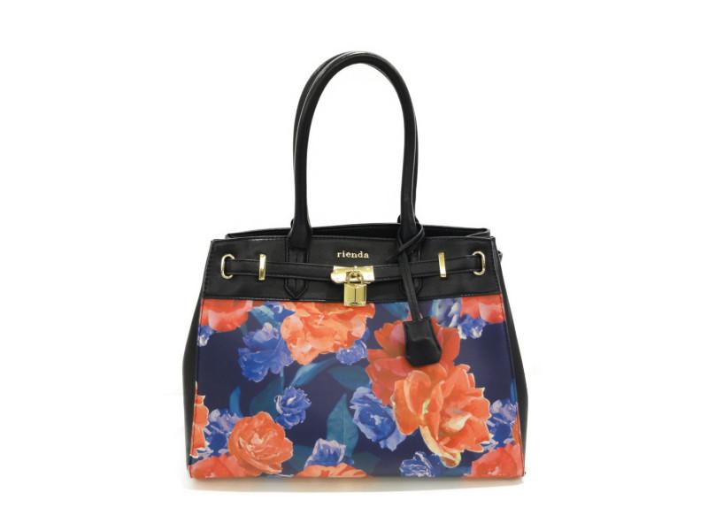「rienda」のバッグが人気