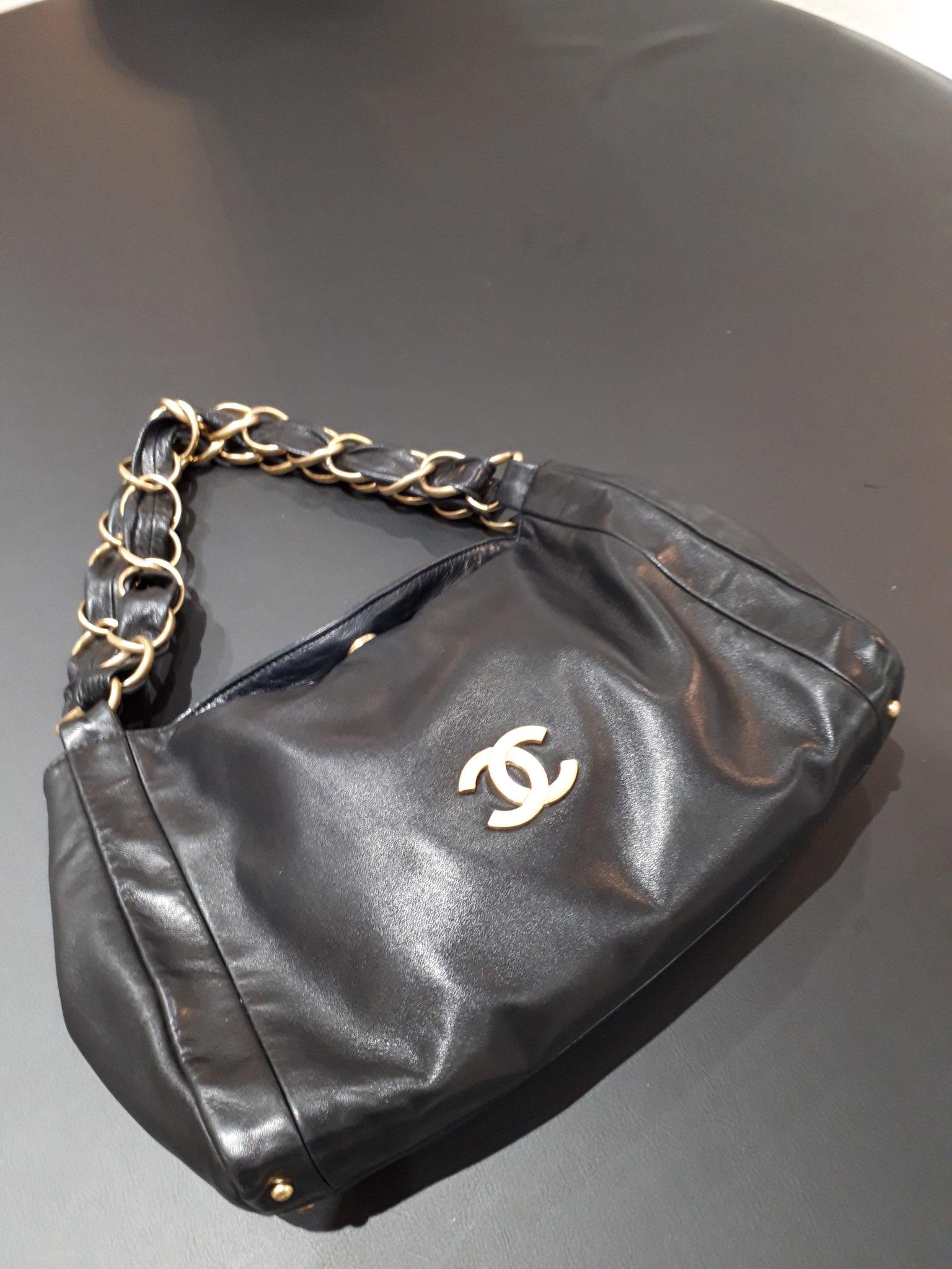 【CHANEL シャネル ココマークチェーンバッグ】をお買取させて頂きました!